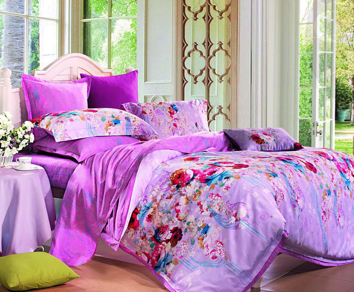 Комплект постельного белья СайлиД Morella, 2-спальный, наволочки 50x70, цвет: розовыйsail82645Наволочки с декоративным кантом особенно подойдут, если вы предпочитаете класть подушки поверх покрывала. Кайма шириной 5-10 см с трех или четырех сторон делает подушки визуально более объемными, смотрятся они очень аккуратно, даже парадно. Еще такие наволочки называют оксфордскими или наволочками «с ушками».Жаккард – это ткань с уникальным рисунком, который создают на специальном станке. Из-за сложного плетения эта ткань довольно жесткая, поэтому используют ее только для верхней стороны пододеяльника и наволочек. Хлопковый жаккард соединяет в себе все плюсы натуральной ткани и сложного плетения: хорошо впитывает влагу, «дышит», долговечен и прочнее любой ткани, кроме натурального шелка.Сатин средней плотности – золотая середина среди сатинового постельного белья. Он достаточно плотный, долго не изнашивается, но стоит дешевле сатина повышенной плотности. Комплект из сатина не блестит как шелк, но приятен на ощупь и довольно мягкий. Краска на этой ткани держится очень хорошо: новое белье не полиняет и со временем не станет выцветать.