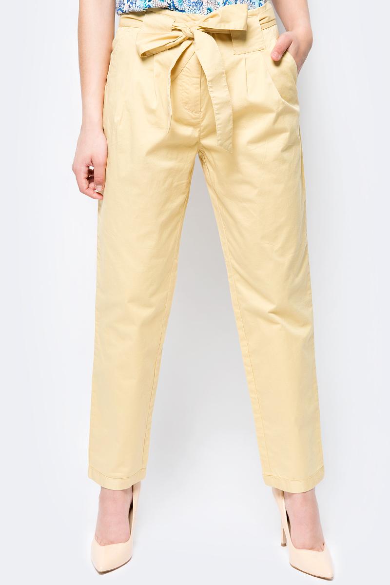 Брюки женские Sela, цвет: желтый. P-115/171-8224. Размер 48 брюки женские sela цвет темно синий p 115 201 8122 размер 48