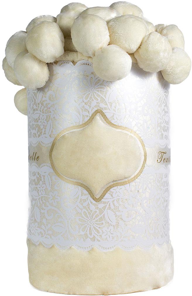 Плед Мадмуазель Бато Лавуар, цвет: белый, 210 х 220 см. vtx260436vtx260436Коралловый флис - это разновидность флиса, имеющая более высокие показатели плотности и объема. Также у кораллового флиса более высокий и пушистый ворс, который на ощупь напоминает плюш или искусственный мех. Коралловый флис сохраняет все свойства обычного флиса: воздухопроницаемость, удержание тепла, износостойкость, простота в уходе. Покрывала и пледы из кораллового флиса смотрятся очень эффектно за счет более высокого ворса.