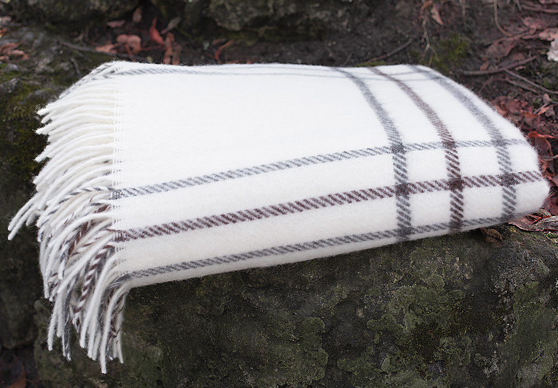 Плед William Roberts Edmonda N 1, цвет: белый, серый, 140 х 200 см плед william roberts luca цвет белый 140 х 200 см