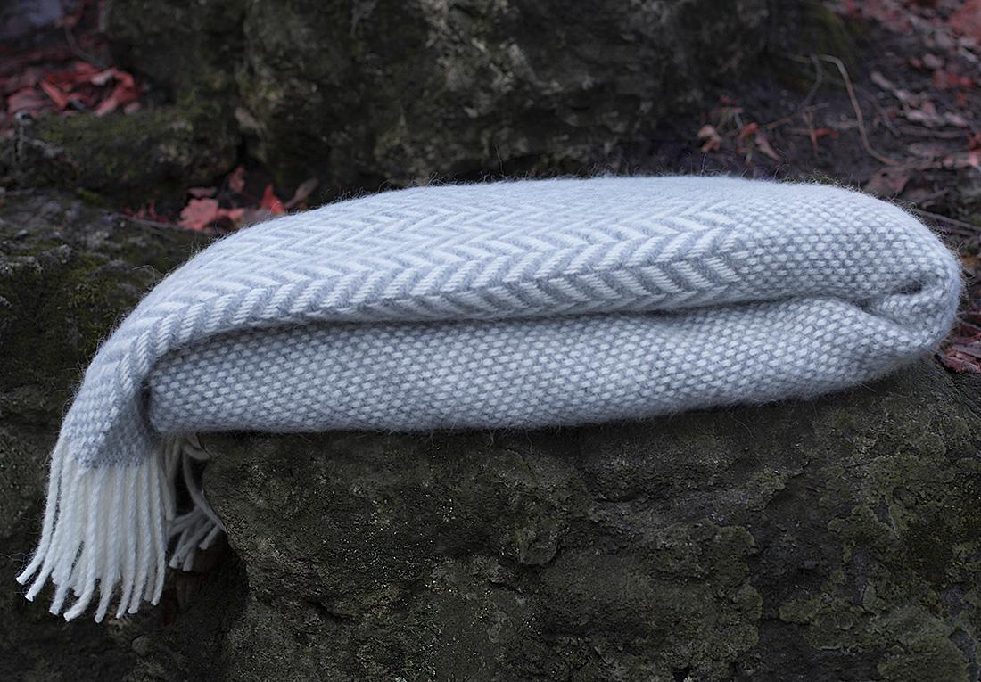 Плед William Roberts Elivia N 3, цвет: белый, светло-серый, 140 х 200 см плед william roberts luca цвет белый 140 х 200 см