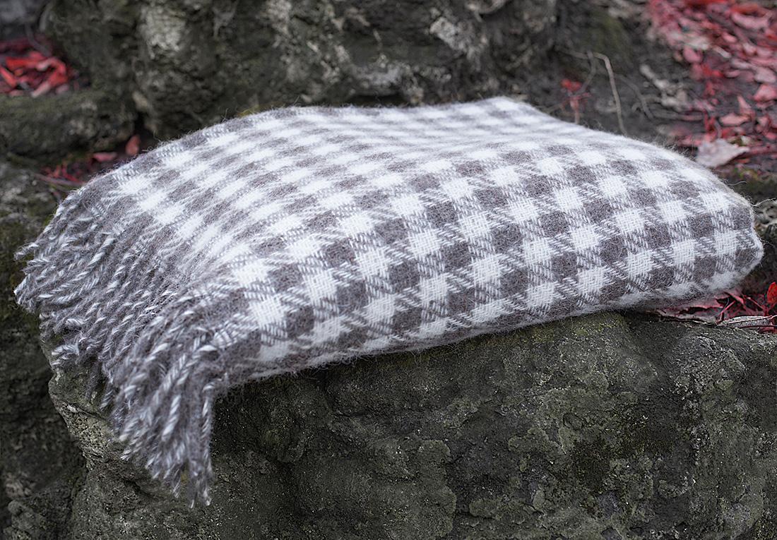 Плед William Roberts Isaja № 1, цвет: белый, светло-серый, серый, 140 х 200 см плед william roberts luca цвет белый 140 х 200 см