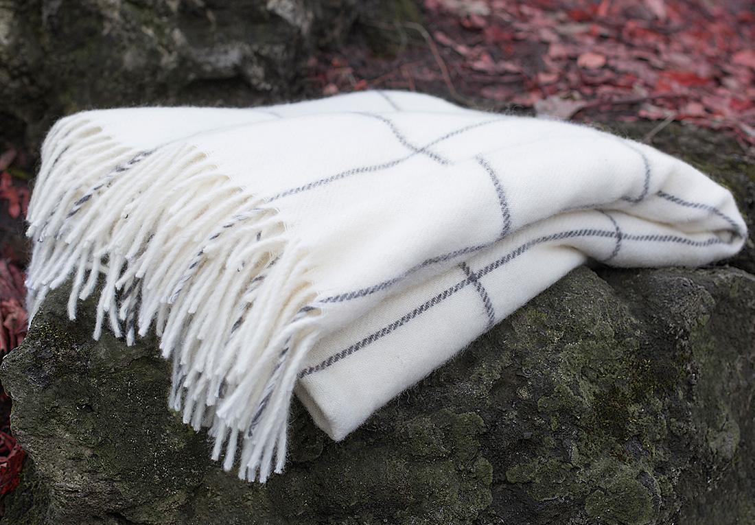 Плед William Roberts Emilio N 5, цвет: белый, 140 х 200 см плед william roberts luca цвет белый 140 х 200 см