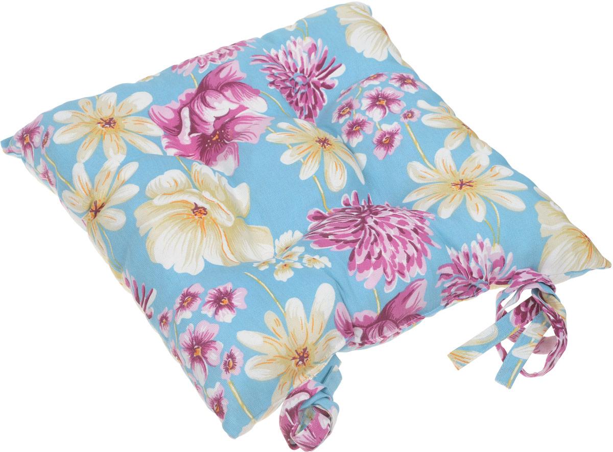 Подушка на стул изготовлена из натуральной хлопчатобумажной ткани. Цветовое решение ткани позволяет оформить пространство кухни, веранды, столовой. Внутренний наполнитель подушки состоит из мягкого, непроминаемого измельченного пенополеуретана, что обеспечивает комфорт при длительном времяпрепровождении за столом. Подушку можно стирать при температуре 30% и гладить на среднем режиме. Для фиксации на стуле предусмотрены завязки.