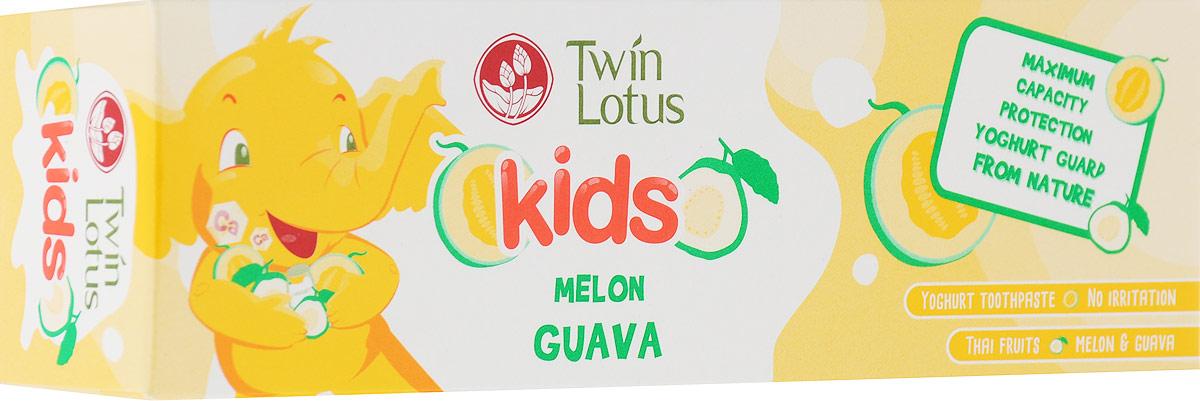 Twin Lotus Kids Зубная паста Melon & Guava (Дыня и Гуава), 50 г1398Для молочных и постоянных зубов.Не содержит фтора, лауритсульфат натрия, парабенов, ПЭГ. Зубная паста предназначена для детей от 3 до 10 лет. Препятствует росту бактерий, обеспечивая надежную защиту от кариеса, нормализуют микробный состав полости рта, укрепляет зубную эмаль, предотвращая потерю кальция, обладает приятным фруктовым вкусом.Уважаемые клиенты! Обращаем ваше внимание на то, что упаковка может иметь несколько видов дизайна. Поставка осуществляется в зависимости от наличия на складе.
