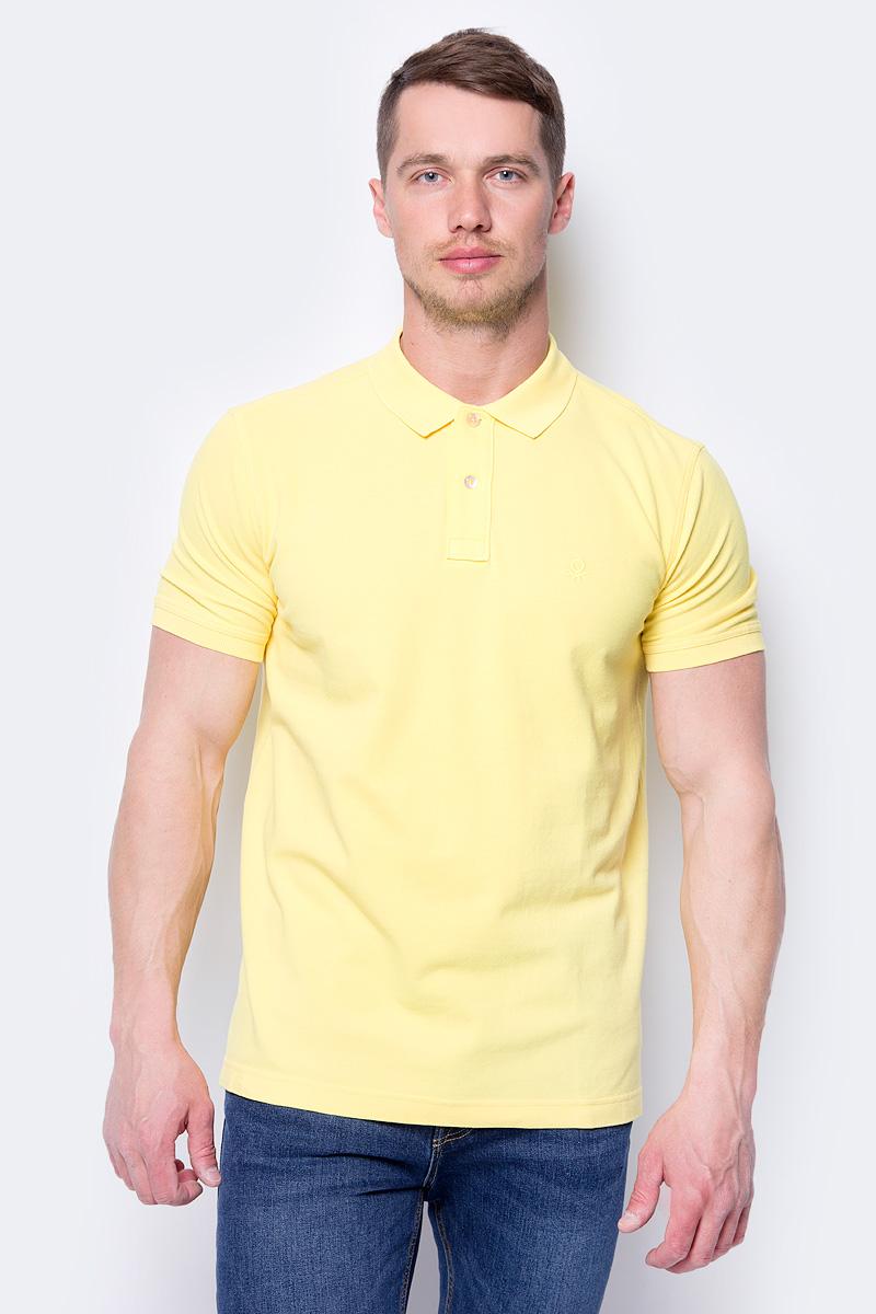 Поло мужское United Colors of Benetton, цвет: желтый. 3089J3079_35R. Размер XL (52/54)3089J3079_35RПоло от United Colors of Benetton выполнено из натурального хлопка. Модель с короткими рукавами и отложным воротником на груди застегивается на пуговицы.