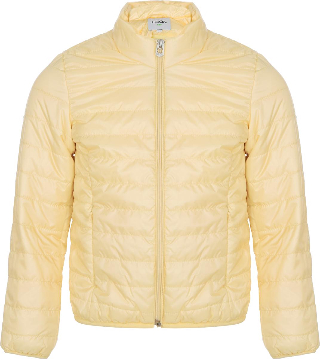 Куртка для девочки Baon, цвет: желтый. BJ038002_Straw. Размер 134/140BJ038002_StrawЛегкая стеганая куртка для девочки от Baon выполнена из полиэстера с утеплителем. Модель с воротником-стойкой застегивается на застежку-молнию. По бокам изделие дополнено втачными карманами.