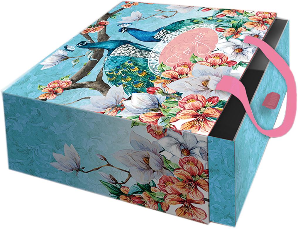 """Подарочная коробка """"Павлины"""" из мелованного, ламинированного, негофрированного картона плотностью 1100 г/м2, с полноцветным декоративным рисунком на внутренней и наружной части, с ручкой-лентой из тесьмы (полиэстер). Окружите близких людей вниманием и заботой, вручив презент в нарядном, праздничном оформлении!"""