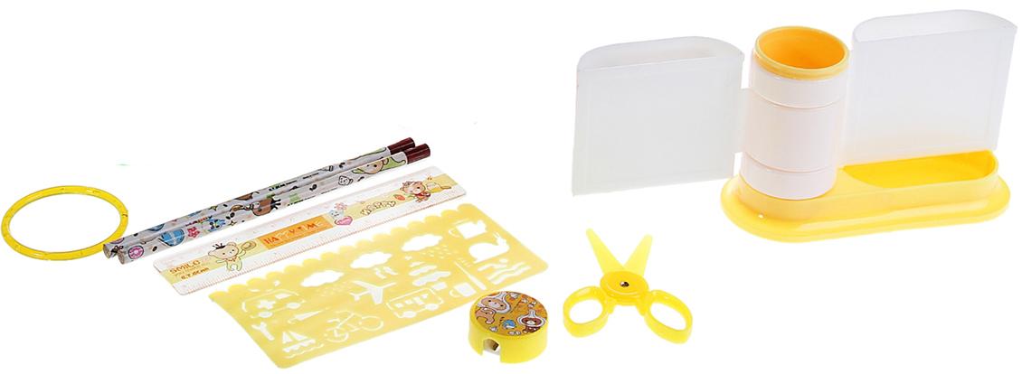 Канцелярский набор Друзья цвет желтый 7 предметов 892711892711Изделия данной категории необходимы любому человеку независимо от рода его деятельности. Канцелярский набор поможет организовать ваше рабочее пространство и время. Востребованные предметы в удобной упаковке будут всегда под рукой в нужный момент.В набор входит: 2карандаша чгр, линейка, ножницы, точилка, подставка, траф