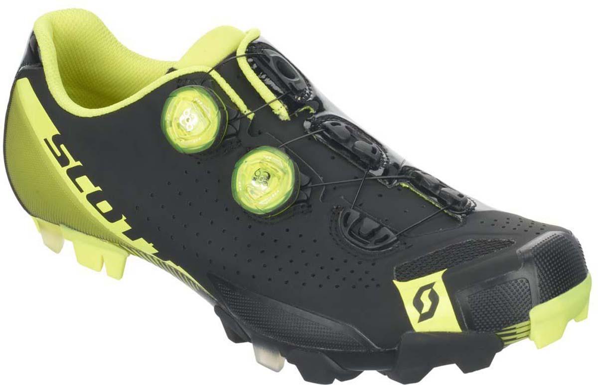 Встречайте нового короля гонок кросс-кантри и марафонов! Велосипедные ботинки SCOTT MTB RC используют двухзонную регулировку системы Boa® IP1 с помощью лески, обеспечивая непревзойденный комфорт и высокоточный анатомический фиттинг ботинка по вашей ноге. Две застежки Boa® IP1, наивысший индекс жесткости подошвы из композитного волокна HMX (10), регулируемая стелька ErgoLogic. Только для профессионалов. Область применения - маунтинбайк, гонки кросс-кантри и марафоны Состав подошвы - HMX Carbon / индекс жесткости 10 Материал: супер-легкое микроволокно, 3D Nylon Airmesh Застежки: двойная система Boa® IP1 с леской Стелька: ErgoLogic, регулируется в широких пределах, включая плюсну Вес (приблиз.) - 345 гр. (US 8.5)