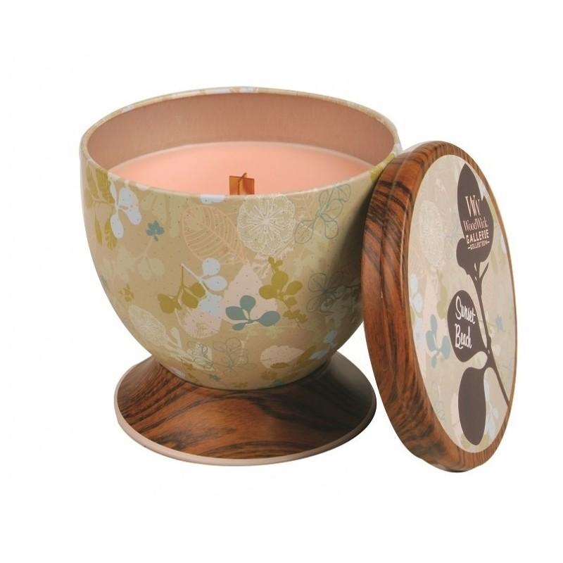 Тропическим аромат кокоса и ананаса. Ароматические свечи от WoodWick позволят вам почувствовать уютный комфорт пылающего камина в любом месте вашего дома, благодаря фитилю, сделанного из органического дерева. У свечи длинное танцующее пламя и успокаивающее потрескивание при горении. Изготовлена она из высококачественной соевой восковой смеси, которая равномерно сгорает и выделяет разные ароматы. Все свечи имеют металлическую упаковку и древесную крышку. Эти роскошно душистые свечи будут гореть примерно в течение 50 - 80 часов.