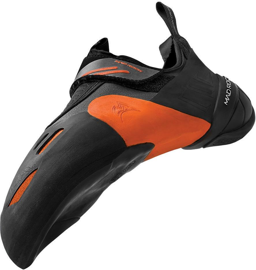"""Мягкие, ассиметричные, изогнутые скальные туфли с одной липучкой.Удобная широкая колодка.Подошва 3D Molded Concave Sole из резины Science Friction 3.0 с внутренней выпуклостью под большой палец ноги для удобства постановки ноги на мелкие зацепы. Под нагрузкой стоящего на """"мизере"""" человека выпуклость распрямляется и разгружает носок.Благодаря использованию резины R2 толщиной 1,8мм., система Arch Flex позволяет Вам чувствовать себя в скальной обуви Shark невероятно комфортно. Благодаря эластичности резины R2 , обувь отлично облегает ногу, и обеспечивается абсолютный комфорт при носке.Для разгрузки стопы вставлена жесткая пластина.Носок изделия покрыт тонким слоем скалолазной резины Science Friction 3.0, так , что любой частью обуви можно соприкасаться с поверхностью.На пятке этих скальников используется технология 3D Modeled Hell инновационная полоска 1 сантиметр по ширине и 5 миллиметров толщиной, проходящая по центру пятки, позволяет цепляться за """"мизер"""" даже в пол сантиметра, за который обычной, """"круглой"""" пяткой зацепиться проблематично.Отличная Science Friction 3.0 резина с наилучшим балансом трение/износостойкость По краю носовой части подошвы проходит более толстый слой резины. В средней части подошвы пятачок тонкой, мягкой резины. Чтобы при лазании выбираясь на """"положилово"""" уверенно контролировать трение.Назначение: Скальники для боулдеринга, сложности , соревнований , тренировок, лазания по скалам.Материал верха: ЭластичныйРезина верха: Scilence Friction R2Застежка: Одна липучкаЖесткость: МягкиеПодошва: Concave DDSРезина подошвы: Scilence Friction R2Пятка: 3D Molded HeelОсобенности модели: Вставка: AES-1 Poly-CarbonateТолщина ранта: Резина R2 1.8 ммФорма колодки: АссиметричнаяВес пары: 230 гр. (US р.9)"""