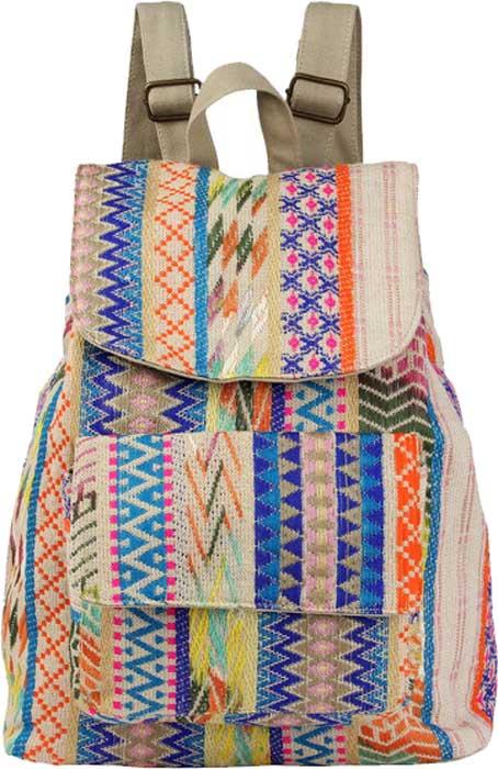 Рюкзак женский Justo Creazione, цвет: разноцветный. 811 L NAV811 L NAV миксОчаровательный летний женский рюкзак. Модель выполнена из 100% хлопка, приятна на ощупь. Будет гармонично смотреться как на пляже, так и в городских условиях. Клапан на магнитной застежке.Внутри одно просторное отделение на затяжкеКарман на молнии и маленький открытый кармашек.Два кармана на магнитах спереди.Удобные лямки и ручка.Стильный брелок в комплекте.