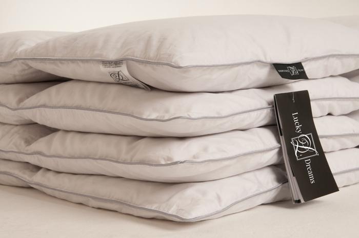 Одеяло Lucky Dreams BIiss, батист, наполнитель: гусиный пух категории Экстра, 140 х 205 см подушка легкие сны sandman наполнитель гусиный пух категории экстра 50 х 68 см