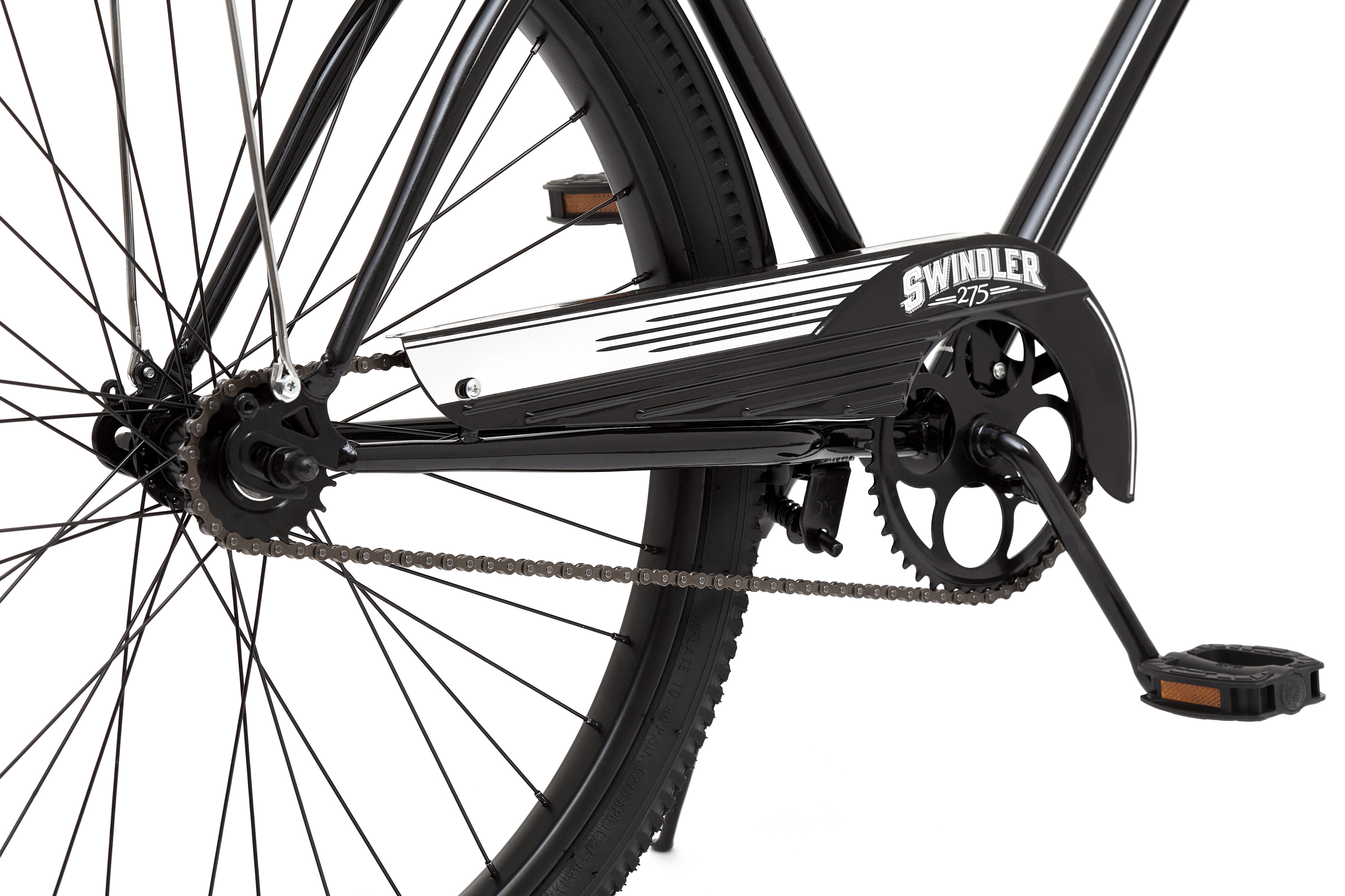 """Swindler - это один из самых выразительных и уникальных мужских круизеров Schwinn. Образ этого велосипеда составлен из классической рамы, амортизационной вилки спрингера, коротких стильных крыльев и сдержанного дизайна, дополненного хромированными элементами. Вилка спрингер - это наследие пятидесятых годов, она создает запоминающийся внешний вид велосипеду и хорошо амортизирует неровности дороги. Особая геометрия рамы с сильным наклоном подседельного штыря и регулируемый по высоте руль помогают подобрать максимально комфортную посадку индивидуально для Вас. Для большей стабильности и управляемости Schwinn Swindler имеет увеличенный размер колес 27,5"""". • Рама Schwinn Cruiser • Амортизационная вилка спрингер • 1 скорость • Тормоз ножной • Колеса 27,5"""" • Полноразмерная защита цепи"""