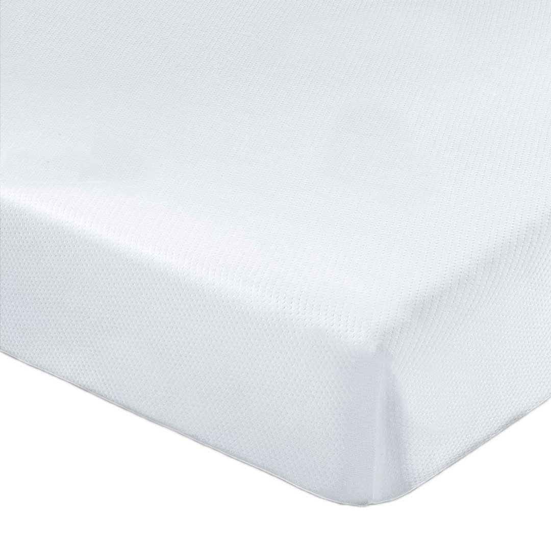 Наматрасник TRIPLE SOFT защищает матрас от пыли, грязи и механических повреждений. Смягчает и выравнивает поверхность матраса. Отводит влагу, регулирует температуру. Double Jersey-инновационный материал. Два слоя трикотажа, между которыми расположена объемная воздушная прокладка AirFastSleep, обеспечивающая дополнительную мягкую поддержку для более комфортного сна. Резинка по всему периметру ( а не только по углам) плотно фиксирует наматрасник и при этом легко снимается. Можно стирать в машинке, легко очищается и быстро высыхает.