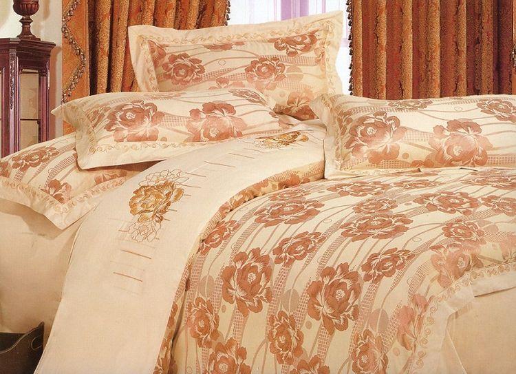 """Комплект постельного белья Tango """"Aubrey"""", семейный, наволочки 50x70, цвет: персиковый, золотистый"""