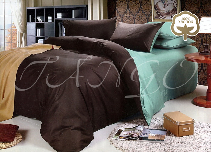 Комплект постельного белья Tango Gebhard, евро, наволочки 50x70, цвет: коричневый, зеленыйtan105533Сатин средней плотности – золотая середина среди сатинового постельного белья. Он достаточно плотный, долго не изнашивается, но стоит дешевле сатина повышенной плотности. Комплект из сатина не блестит как шелк, но приятен на ощупь и довольно мягкий. Краска на этой ткани держится очень хорошо: новое белье не полиняет и со временем не станет выцветать.
