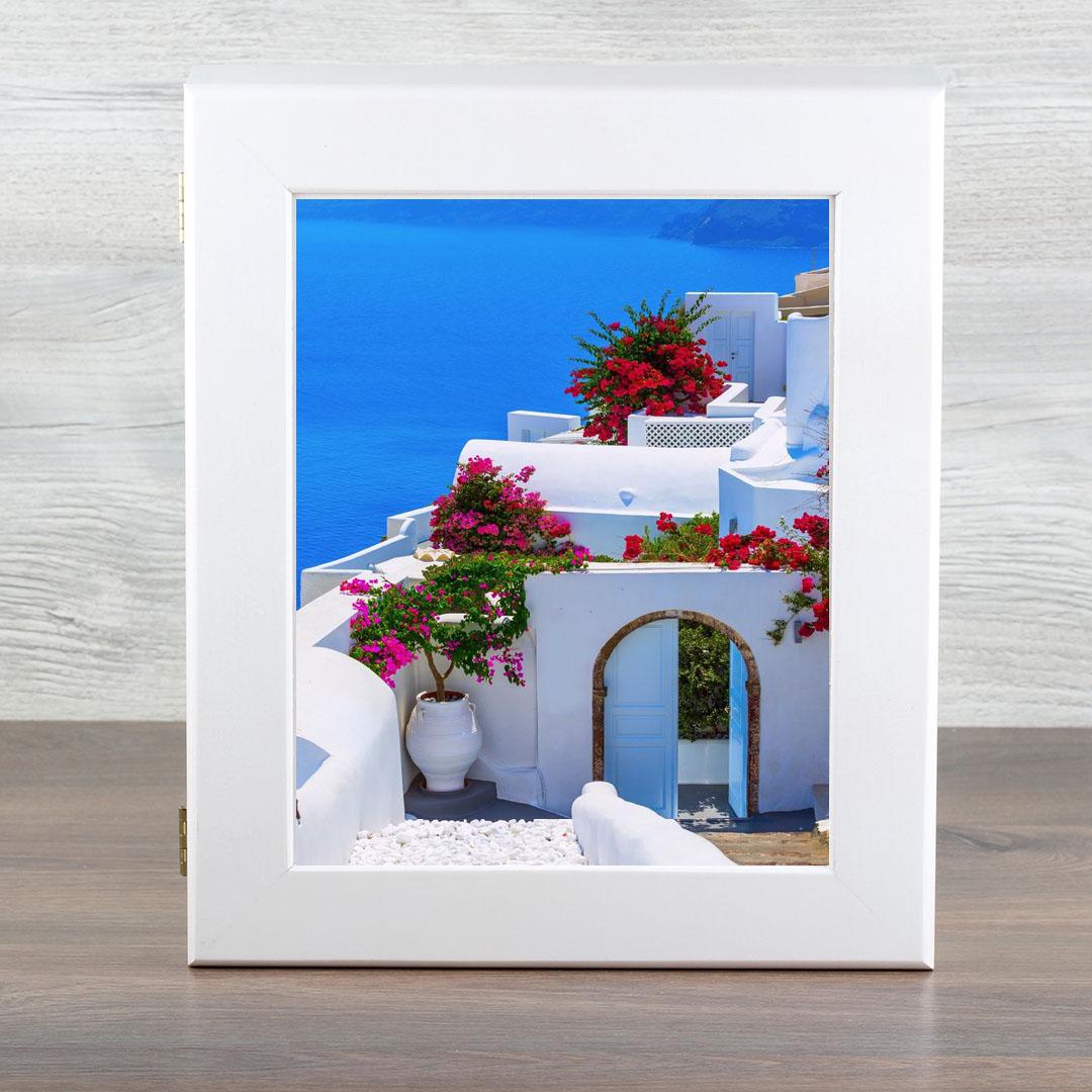 Ключница Город Подарков Греция, цвет: белый032018022Объемная, настенная ключница с удобным отделением для ключей любого размера, благодаря оригинальности дизайна создаст сияние в вашем интерьере.