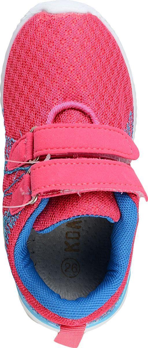 Детские кроссовки Колобок изготовлены из качественного текстиля. Ремешки с липучками надежно зафиксируют модель на ноге. Подошва из гибкой резины дополнена рифлением. Внутренняя поверхность и стелька из текстиля комфортны при движении.