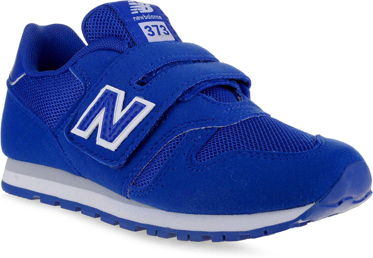 Кроссовки для мальчика New Balance 373, цвет: синий. KV373UEY/M. Размер 12,5 (30,5)KV373UEY/MСтильные кроссовки для мальчика от New Balance не оставят вашего ребенка равнодушным. Модель выполнена из высококачественных материалов. По бокам обувь оформлена декоративными элементами в виде фирменного логотипа бренда, на язычке - фирменной нашивкой. Ремешок с липучкой надежно зафиксирует изделие на ноге. Подкладка и стелька, изготовленные из текстиля, гарантируют уют и предотвращают натирание. Прочная и легкая подошва, дополненная рифлением, обеспечит идеальное сцепление с любой поверхностью.