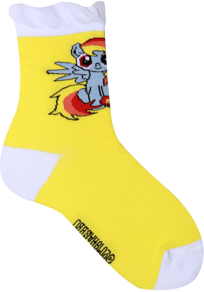 Носки для девочки Hasbro Rainbow Dash, цвет: желтый. H40 A2 34. Размер 24/26H40 A2 34Детские носки Hasbro изготовлены из высококачественного эластичного материала на основе хлопка. Носки оформлены оригинальным рисунком и имеют мягкую и плотную резинку. Замечательные носочки от Hasbro не оставят равнодушной не одну девочку!