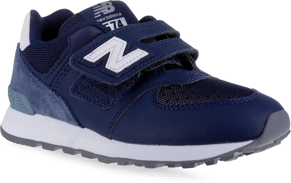 Кроссовки для мальчика New Balance 574, цвет: темно-синий. YV574D4/M. Размер 3 (35)YV574D4/MСтильные кроссовки для мальчика от New Balance не оставят вашего ребенка равнодушным. Модель выполнена из высококачественных материалов. По бокам обувь оформлена декоративными элементами в виде фирменного логотипа бренда, на язычке - фирменной нашивкой. Ремешок с липучкой надежно зафиксирует изделие на ноге. Подкладка и стелька, изготовленные из текстиля, гарантируют уют и предотвращают натирание. Прочная и легкая подошва, дополненная рифлением, обеспечит идеальное сцепление с любой поверхностью.