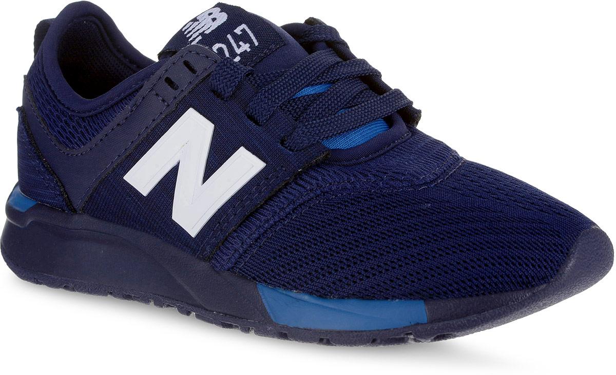 Кроссовки для мальчика New Balance 247, цвет: темно-синий. KL247C2P/M. Размер 11,5 (29)KL247C2P/MСтильные кроссовки для мальчика от New Balance не оставят вашего ребенка равнодушным. Модель выполнена из высококачественных материалов. По бокам обувь оформлена декоративными элементами в виде фирменного логотипа бренда, на язычке - фирменной нашивкой. Классическая шнуровка надежно зафиксирует изделие на ноге. Подкладка и стелька, изготовленные из текстиля, гарантируют уют и предотвращают натирание. Прочная и легкая подошва, дополненная рифлением, обеспечит идеальное сцепление с любой поверхностью.