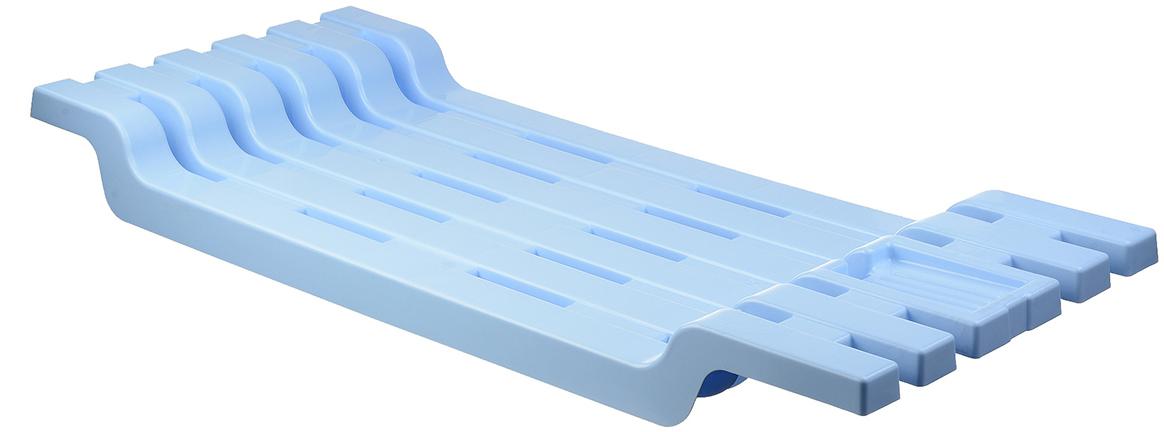 Полка на ванну, выполненная из пластика, сэкономит место в ванной комнате. Полка подвешивается на борты ванной. Она пригодится для хранения различных принадлежностей, которые всегда будут под рукой.