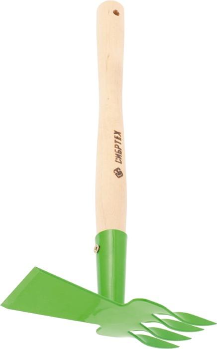 """Рыхлитель 4-зубый комбинированный, витой зуб и профиль """"трапеция"""", с деревянной рукояткой.  Ширина рабочей части 75 мм, общая длина 440 мм.   Предназначена для рыхления, аэрации почвы и прополки на небольших грядках и клумбах.  Рабочая часть изготовлена из стали Ст3 и окрашена порошковой эмалью для предохранения от коррозии.  Рукоятка выполнена из березы в/с.   По окончании работы необходимо очистить рабочую часть инструмента от остатков грунта."""