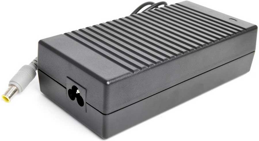 Pitatel AD-050 блок питания для ноутбуков Lenovo (20V 6.75A)