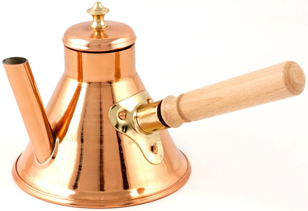 """Кофейник TimA """"Престиж"""" изготовлен из сертифицированной, качественной меди марки М1М, внутренняяповерхность посуды покрывается пищевым оловом для прочности и гигиеничности, съемная ручка с левой резьбой (обратная резьба) изготовлена из благородной лиственной породы дерева бук, сверкающая ручка на крышке сделана из полированной латуни.Медную посуду """"TimA"""" можно использовать на варочных поверхностях с любым видом нагрева. Для индукционных плит необходимо применять адаптер - индукционный диск """"TimA"""".Наряду с популярными в настоящее время кофе-машинами и автоматическими кофеварками, тривиальный незамысловатый кофейник, казалось бы, уже уходит в прошлое. Но, поверь-те, это только видимость. На самом же деле представленное изделия невероятно популярно уистинных гурманов и заядлых кофейных фанатов. Никто и ничто не сделает вам кофе лучше, чем вы сами. Медный кофейник с романтическим названием, который мы предлагаем, непременно в этом поможет.Оригинальная принадлежность для вашего интерьера в духе старой Франции! Необыкновенно хорошо впишется в любой интерьер, всегда привлечет взгляды окружающих.На выбор: прекрасное украшение и нужная вещь в вашем доме, или хороший подарок для знакомых и близких, или достойный экземпляр в любую коллекцию!!!"""