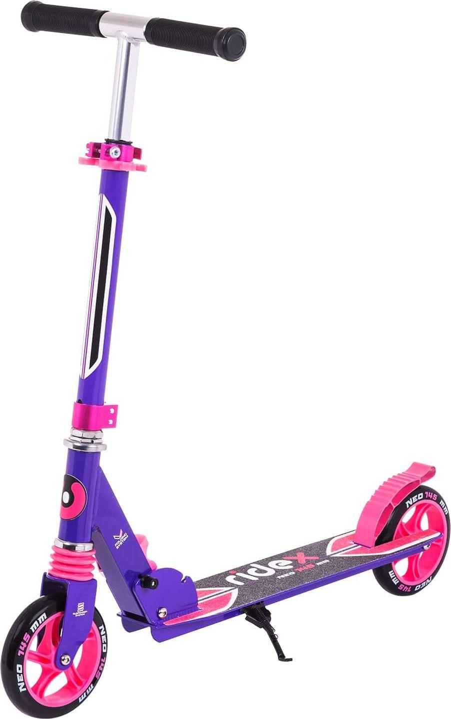 Самокат Ridex Neo, 2-колесный, цвет: фиолетовый, розовый, 145 ммУТ-00011559Прочный алюминиевый самокат с 145-миллиметровыми колесами для городского катания. Износостойкие резиновые грипсы повышают сцепление с ладонями. Передний амортизатор помогает сгладить неровности дороги. Максимальный вес райдера 70 кг - на самокате может прокатиться не только школьник, но и взрослый человек. Надпись Ridex с названием модели самоката на антискользящем покрытии деки.Характеристики:Состав конструкции: 100% высокопрочный алюминийРуль, высота (см): 69/76/83Грипсы, материал: резина Дека, длина (см): 46Дека, ширина (см): 12Колеса, диаметр (мм): 145Колеса: полиуретан Подшипник: ABEC - 7Система складывания: естьАмортизатор: переднийМаксимальный вес пользователя, кг: 70Вес без коробки, кг: 2,97