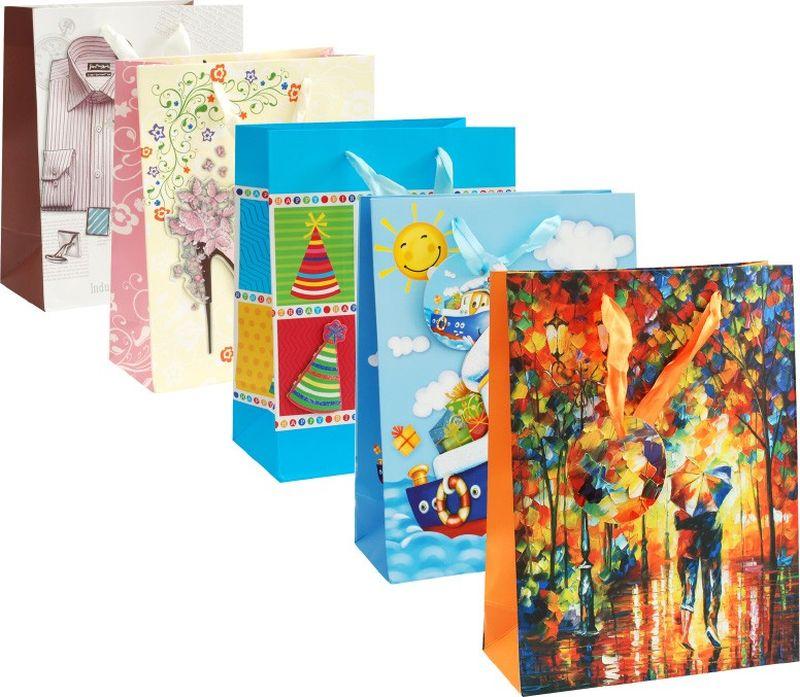 Оригинальныеподарочные пакетыстанут прекрасным дополнением для вашего подарка. Пакеты выполнены из качественной плотной бумаги с хорошей печатью, объемные элементы на пакете придают дополнительный яркий акцент.  Набор пакетов Подарочный. Количество: 5 шт В наборе: пакет Лучший праздник, пакет Двое под зонтом, пакет Кораблик, пакет Любовь, пакет Деловой стиль   Материал: бумага Толщина бумаги: 210 г /м2 Размер : 18*24*18 cм.