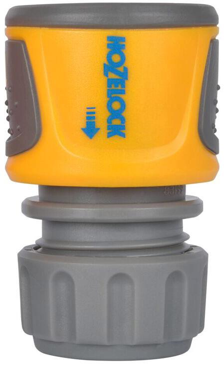 Коннектор HoZelock 2070 классик (12,5 мм и 15 мм) Система тройной фиксации гарантирует надежность соединения, которая сохраняется при давлении до 10 бар. Плотно сцепляется со шлангом благодаря зубчикам, зажимающим внутреннюю и наружную стороны шланга. Коннектор легко использовать, даже если он влажный, этому способствуют две мягкие нескользящие накладки. Все внутренние детали выполнены из сверхпрочных технических пластмасс, обеспечивающих длительный срок службы с сохранением герметичности. Внутренний корпус изготовлен из сверхпрочного, запатентованного термопластика Dupont Delrin® Acetal, который обладает промежуточными свойствами между пластиком и металлом. Одна часть Коннектора с зубчиками изготовлена из термопластика Dupont Delrin® Acetal с добавлением силикона, чтобы Вы могли присоединить Коннектор к шлангу без усилий, другая часть, зажимающая шланг, изготовлена из гибкого полипропилена-гибкие зубчики устойчивы к постоянному напряжению и не допускают повреждения конца шланга. Внешний корпус выполнен из АБС-пластика, одновременно прочный и максимально комфортный для рук.