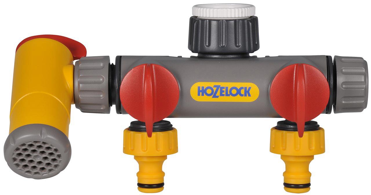 """Разделитель потоков HoZelock 2250 Двухпутевой с краном Flow мax. Адапторы, входящие в комплект, позволяют подключиться к резьбовому соединению 1/2"""" (12,5 мм), 3/4"""" (19 мм), 1"""" (25 мм), благодаря чему, его можно подключить к болинству садовых кранов. Двухпутевой разделитель потоков для крана превращает кран с однозаходной резьбой в два, каждый из которых оборудован собственным управлением расхода воды, и имеет третий, постоянно доступный выход с возможностью регулировки направления струи, который можно переставить на противоположную сторону, для быстрого наполнения ведер и канистр для полива.• Подходит ко всем стандартным коннекторам HoZelock• Индивидуальное управление расходом для двух выпусков шлангаДвухпутевой разделитель потоков для крана позволит Вам легко превратить один кран в два независимых выхода. Каждый из этих выходов будет оборудован отдельным клапаном управления расхода, что позволяет использовать все выходы одновременно, либо использовать какой-либо один из них по мере необходимости."""