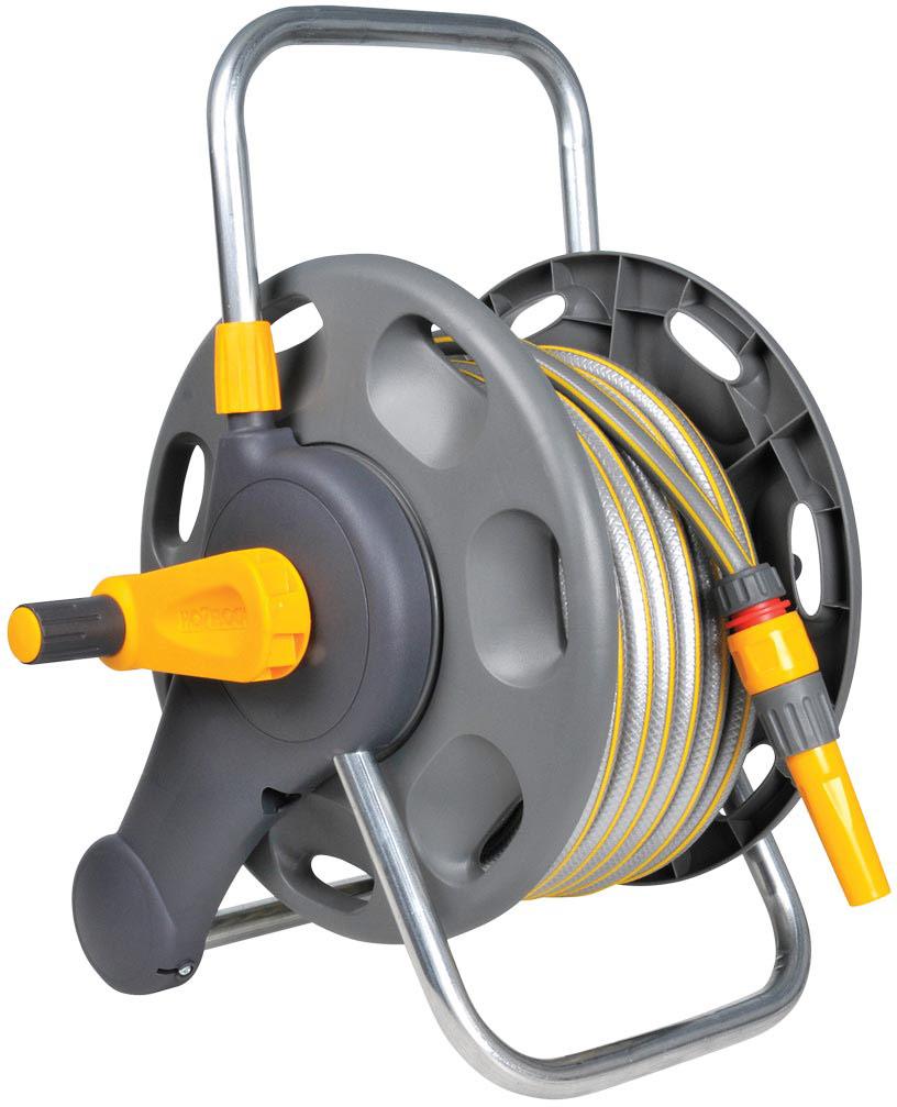 """Катушка HoZelock 2471 для шланга длиной 60 м. Комплект с катушкой: Шланг Select 12,5 мм 25 м, Коннектор Классик (12,5 мм и 15 мм) 2070, Коннектор Классик с Аква стоп (12,5 мм и 15 мм) 2075, Наконечник для шланга 2292, Коннектор для крана вне помещений 1/2"""" / 3/4"""" (12,5 мм и 19 мм) 2184 Отдельно стоящая или с возможностью крепления на стену (крепления к стене в комплекте). • Поставляется в со всеми необходимыми элементами, что позволяет Вам сразу приступить к поливу • Надежно крепится на стену или устойчиво стоит на земле• Эргономичная ручка помогает легко намотать шланг без перегибов и перекручивания• Прочная стальная ось обеспечивает стабильность катушкиВмещает до 60 м шланга. Благодаря удобной металлической рукоятке катушку легко перемещать по участку. Прочная и надежная: Изготовлена из материалов самого высокого качестваВ комплект входят крепежи на стену для бережного хранения Вашего шланга."""