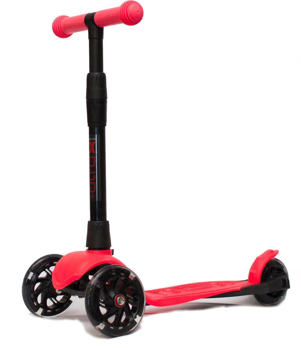 Детский самокат Buggy Boom Alfa Model, трехколесный, цвет: коралловый003-215577С трехколесным самокатом ваш ребенок сможет укрепить здоровье, просто наслаждаясь прогулкой. Он имеет надежную устойчивую конструкцию и ручки с противоскользящей поверхностью. Руль складывается и регулируется по высоте, колеса светятся. Катание на самокате развивает координацию.