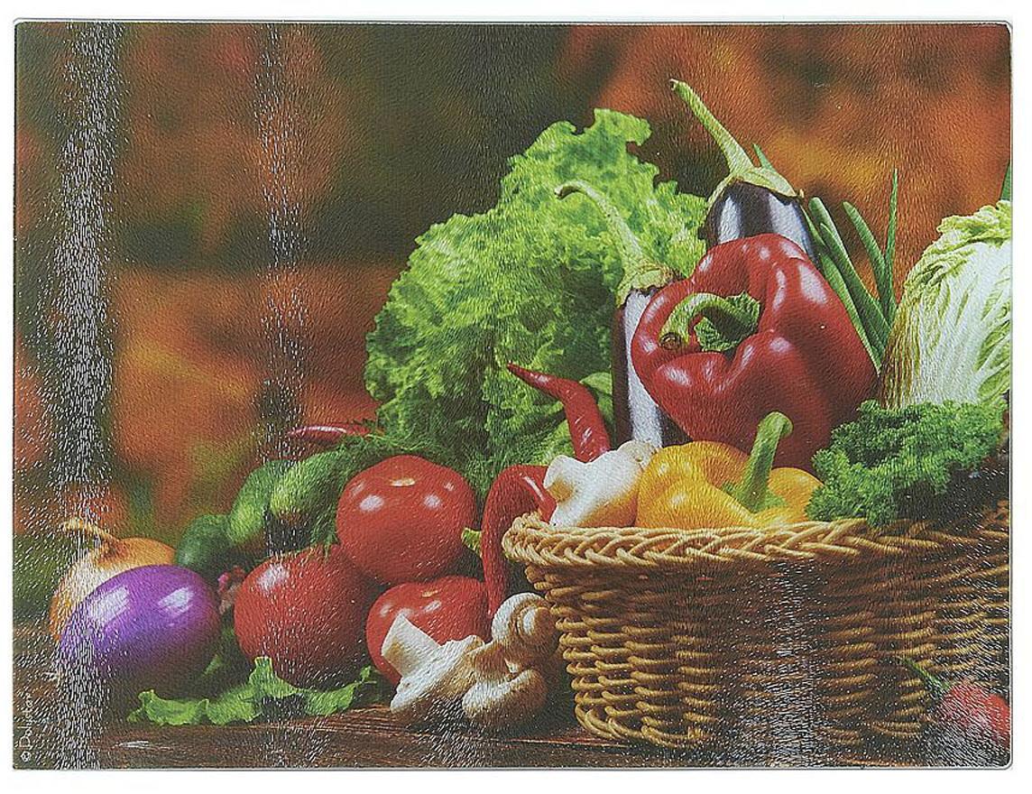 """Разделочная доска """"Овощи с грядки"""" изготовлена из жаропрочного стекла. Функциональная и простая в использовании, разделочная доска отлично впишется в интерьер любой кухни и прослужит вам долгие годы."""