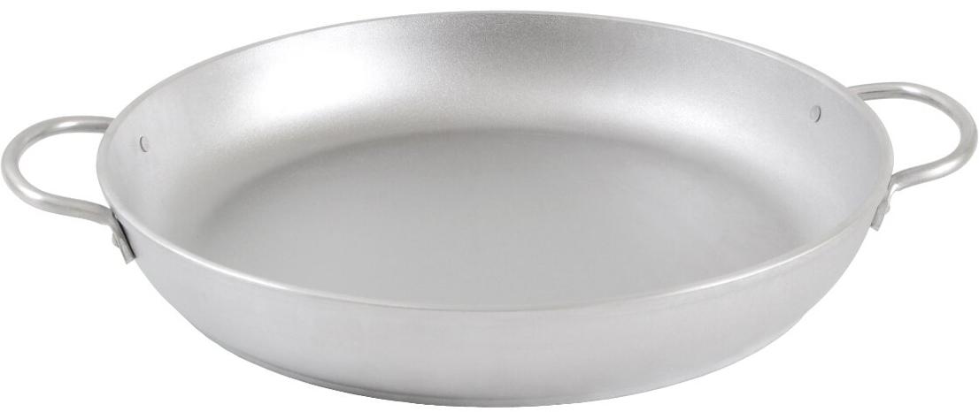 """Сковорода """"Kukmara"""" изготовлена из литого алюминия. Она идеально подходит для жарки мяса, запекания, тушения овощей. Еда в такой посуде не пригорает, а томится как в русской печи. Толстостенная сковорода обеспечивает быстрое и равномерное распределение тепла по всей поверхности. Сковорода экологически безопасная и не подвергается деформации. Такая сковорода понравится как любителю, так и профессионалу."""