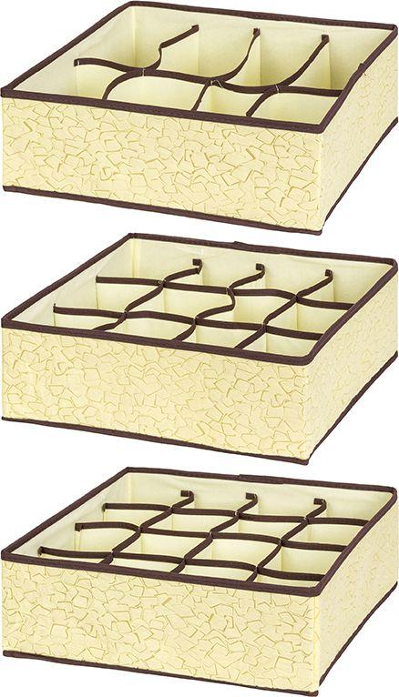 Набор 3-х кофров для хранения изготовлен из высококачественного нетканого материала, который позволяет сохранять естественную вентиляцию, а воздуху свободно проникать внутрь, не пропуская пыль. Предназначен для хранения домашнего текстиля, одежды, белья и аксессуаров. Благодаря специальным вставкам, кофр прекрасно держит форму, а эстетичный дизайн с красивым узором гармонично смотрится в любом интерьере. Мобильность конструкции обеспечивает легкое складывание и раскладывание.