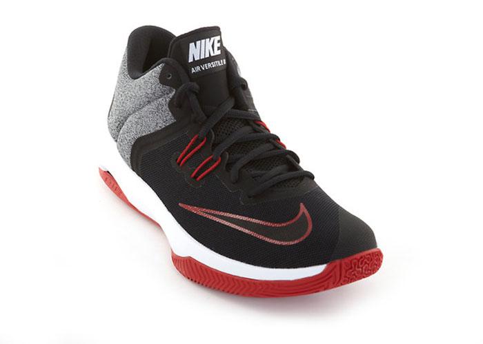 Мужские баскетбольные кроссовки Nike Air Versatile II созданы для универсальных игроков, которым в первую очередь нужны комфорт, фиксация и амортизация. Нити Flywire стабилизируют среднюю часть стопы, а область пятки из первоклассного ультрамягкого текстиля с подкладкой из пеноматериала обеспечивает фиксацию. Видимая вставка Air-Sole обеспечивает легкость и амортизацию. Нити Flywire для стабилизации и фиксации. Превосходный текстильный материал создает ощущение невероятной мягкости и комфорта в области пятки. Улучшенная резиновая подметка с зигзагообразным рисунком обеспечивает надежное сцепление.
