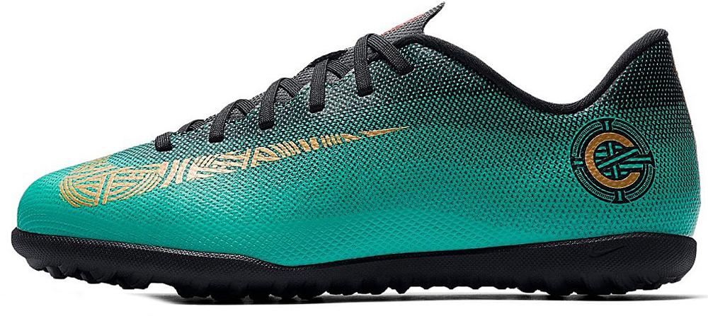 Бутсы для мальчика Nike Jr Vaporx 12 Club Gs Cr7 Tf, цвет: бирюзовый. AJ3106-390. Размер 4,5Y (35,5)
