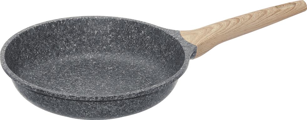 """Сковорода Nadoba """"Mineralica"""" выполнена из литого алюминия с надежным 5-слойным антипригарным покрытием Pfluon на основе структуры гранита внутри и снаружи сковороды. Антипригарное покрытие не содержит PFOA (перфтороктановой кислоты), кадмия, свинца и прочих вредных веществ. Высокая прочность покрытия позволяет использовать металлические инструменты (лопатки, ложки и другие). Массивный корпус обеспечивает быстрый и равномерный нагрев на всей поверхности и не деформируется. Эргономичная ручка выполнена из бакелита, который предотвращает выскальзывание из рук и не нагревается. Подходит для использования на всех типах плит, включая индукционных. Диаметр сковороды (по верхнему краю): 24 см.Высота стенки: 5,5 см.Длина ручки: 19 см.Диаметр дна: 15 см."""