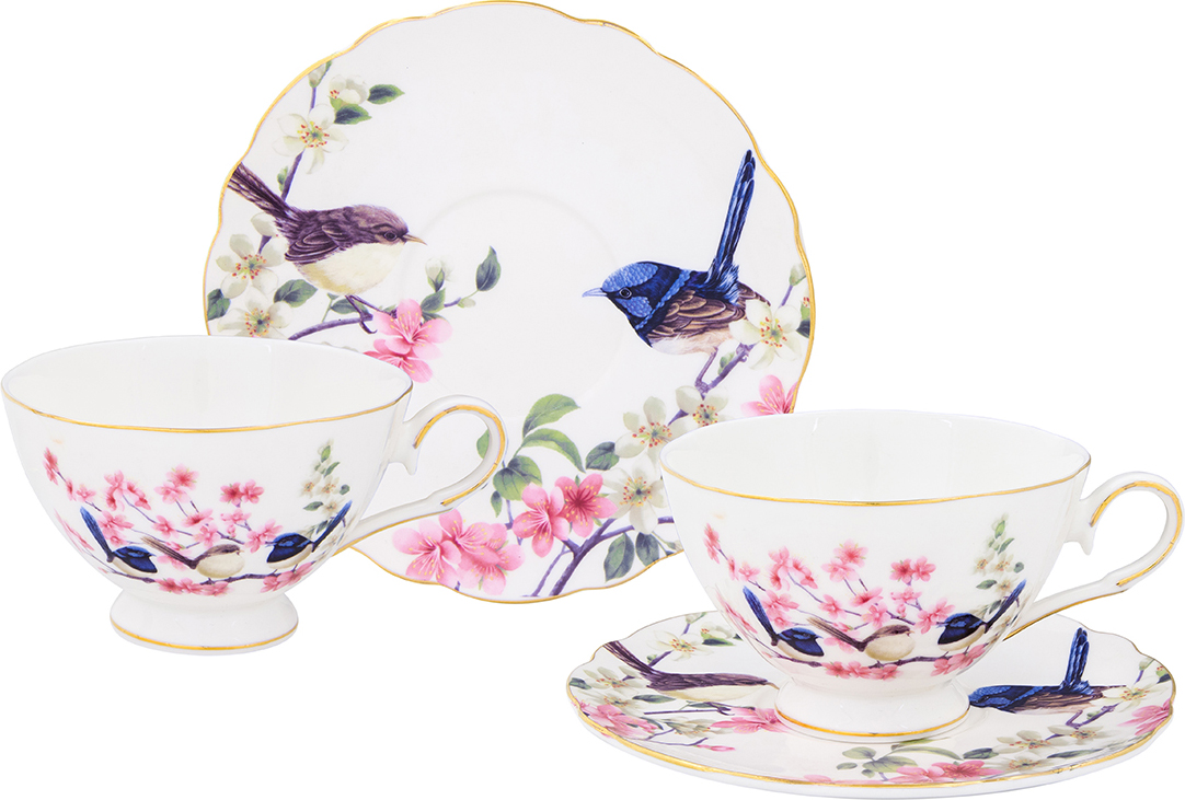 """Набор чайный Elan Gallery """"Райские птички"""" состоит из двух чашек и двух блюдец, выполненных из высококачественной керамики. Изделия оформлены изящным рисунком цветов и птиц. Изящный набор эффектно украсит стол к чаепитию и порадует вас функциональностью и ярким дизайном.Объем чашки: 220 мл.Диаметр чашки (по верхнему краю): 10 см.Высота чашки: 7 см.Диаметр блюдца: 15 см."""