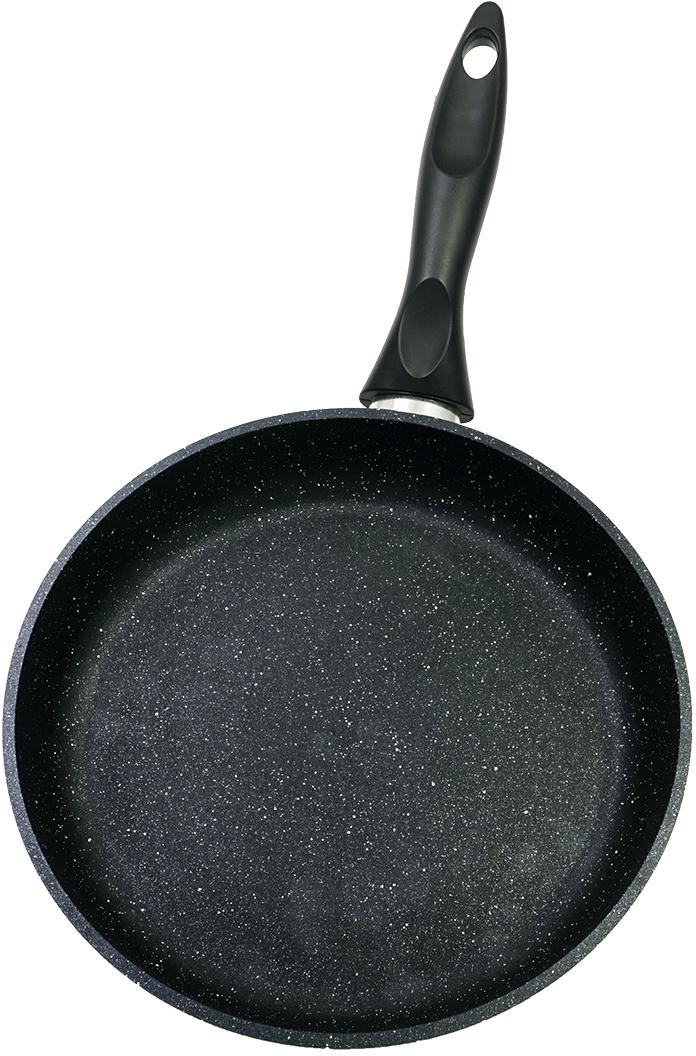 Сковорода изготовлена из литого алюминия с антипригарным покрытием высокого качества. Оснащена бакелитовой ручкой. На ручке есть ушко для подвешивания. Можно мыть в посудомоечной машине.