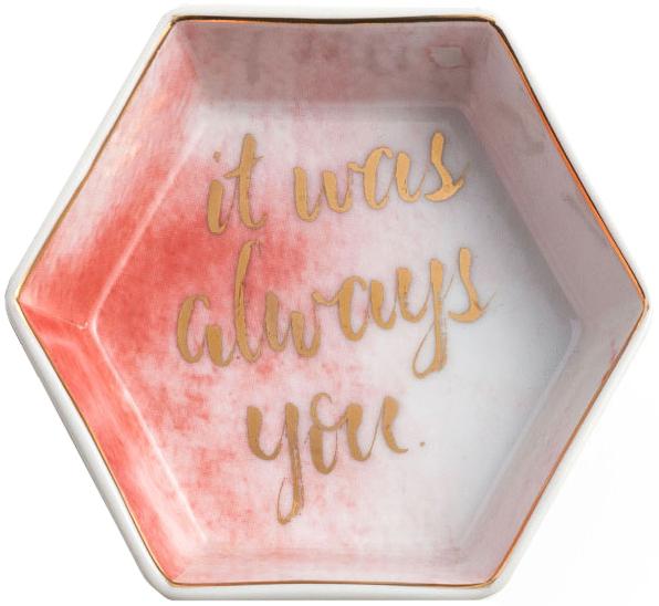 """Изящная конфетница Rosanna """"Always"""", изготовленная из высококачественного фарфора, подойдет для конфет или печенья. Необычный  дизайн и расцветка может вписаться в любой интерьер и стать его уникальным акцентом. Конфетница оригинально украсит ваш стол и станет  прекрасным дизайнерским решением."""