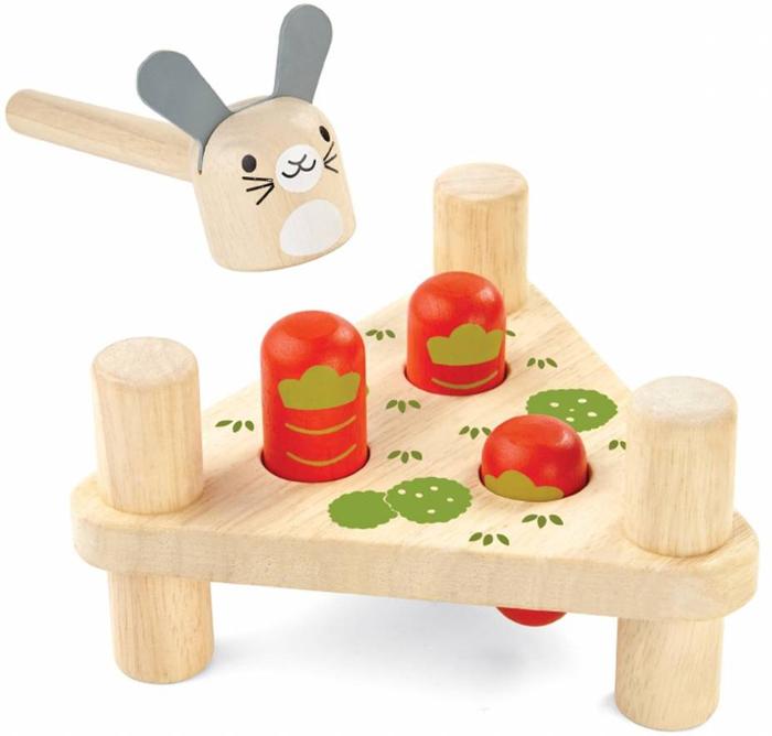 Plan Toys Забивалка Зайчик и морковки plan toys plan toys 6405 овальный ксилофон
