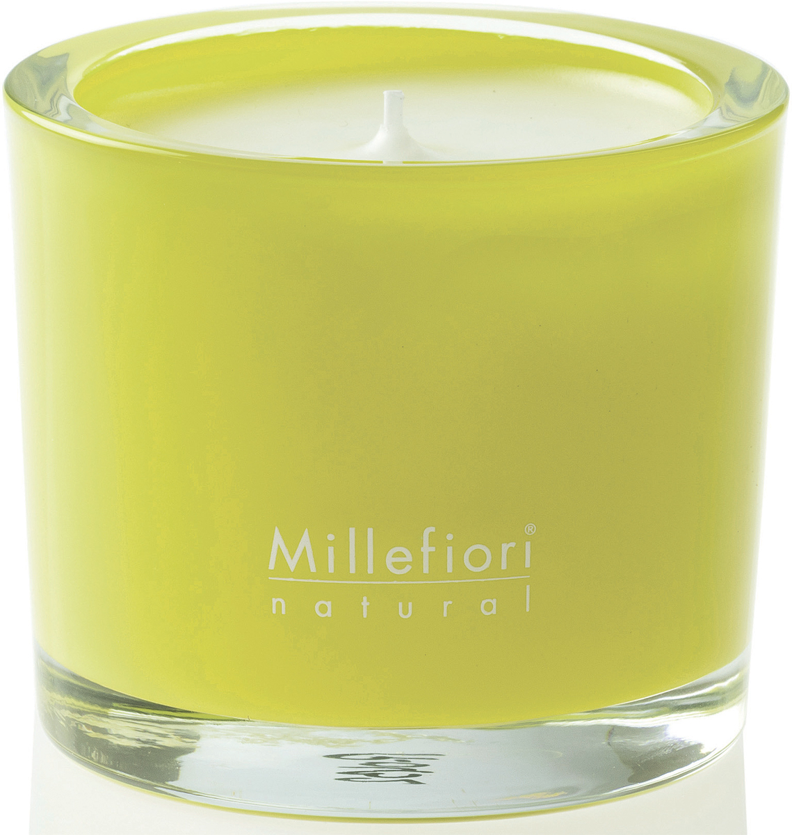 Игривые и завораживающие цветные ароматические свечи, заключенные в матовое стекло.Пусть они вызывают приятное настроение в любое время, когда вы их зажигаете, и деликатно украшают ваше пространство, воплощая в жизнь аромат восхитительного момента и стиля.Бодрящая цитрусовая комбинация зеленого лимона, бергамота и листьев вербены.Верхние ноты: лайм, бергамот, листья вербены.Средние ноты: розмарин, пион.Базовые ноты: цветы лотоса.Вес: 180 г.