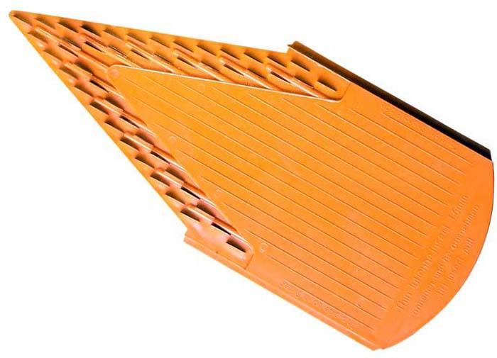 Дополнительная вставка для овощерезки выполнена в виде V-образной рамы с ножами 1,6 мм из пластика и металла. Вставка подходит для нарезки любых овощей и фруктов на тонкую и длинную соломку, мелкие кубики. Характеристики: Материал: пластик, металл. Цвет: оранжевый. Размер: 22 см х 9,7 см. Длина ножей: 1 см. Высота ножей: 1,6 мм - 4 мм. Размер упаковки: 26 см х 10 см х 2 см. Производитель: Германия. Артикул: 118/2.